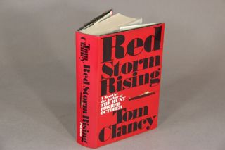 Red storm rising. TOM CLANCY.